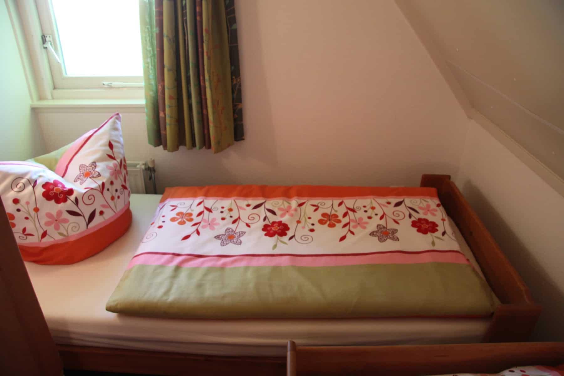 Das dritte Schlafzimmer mit TEAM 7-Möbel